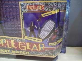 CASKET MATCH PLAYSET MIB NEW JAKKS 98 WWE WWF 039897828411