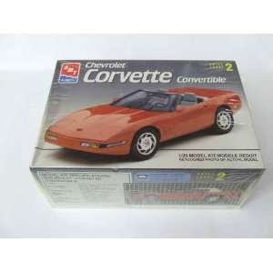 AMT ERTL CHEVROLET CORVETTE CONVERTIBLE 125 Toys & Games