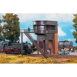 REINBEK SWITCH TOWER   PIKO HO SCALE MODEL TRAIN BUILDING