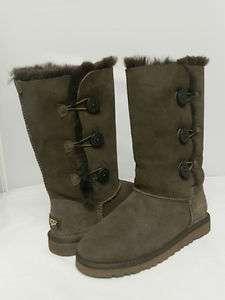 NEW KIDS UGG BOOT BAILEY BUTTON TRIPLET CHOCLATE ORIGN