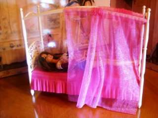 DOLL HOUSE PINK 3 STORY DREAM TOWNHOUSE FURNITURE   CANOPY BED