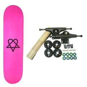 Skateboards HEARTAGRAM PINK 7.5 Complete Assembled