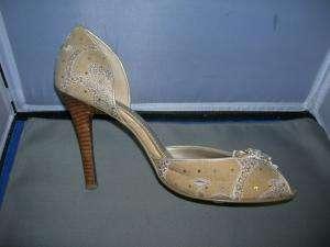 STEVE MADDEN beige peep toe pumps shoes 10M