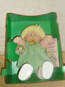 CABBAGE PATCH KID GIRL Doll CPK MINNI SHIRLEY BIRTH CERTIFICATE in BOX