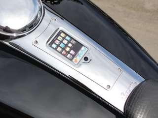 Chrome 2008 11 Harley Flhx Street Glide iPhone iPod Dash holder