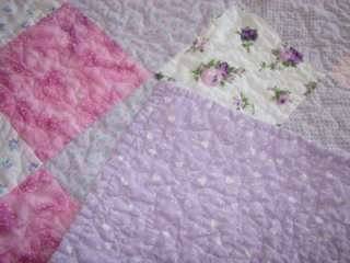 LOVELY LAVENDER VALENTINE ROSE VERMICELLI QUILTED LILAC VINTAGE THROW