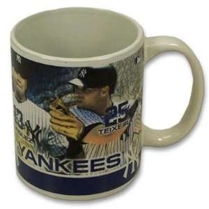 NEW YORK YANKEES PLAYER PHOTO CERAMIC COFFEE MUG Sports & Outdoors
