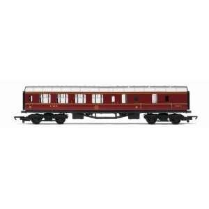 Hornby R4389 00 Gauge LMS Brake Coach Railroad Rolling