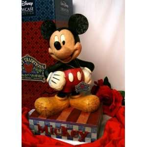 Jim Shore Disney Large Smile Mickey Mouse