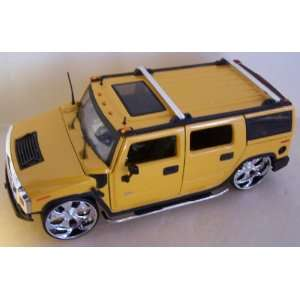 Scale Diecast Big Time Kustoms Hummer H2 in Color Yellow: Toys & Games