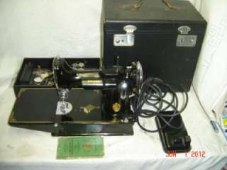 Singer Featherweight Model 221 Case Vintage Sewing Machine Box