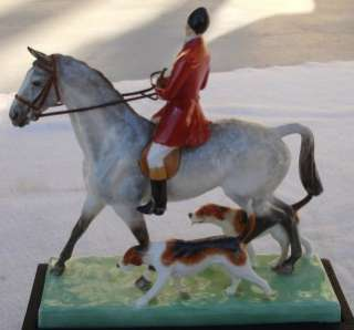 PORCELAIN FOX HUNT HORSE RIDER HOUND DOG HUNTING EQUESTRIAN FIGURINE