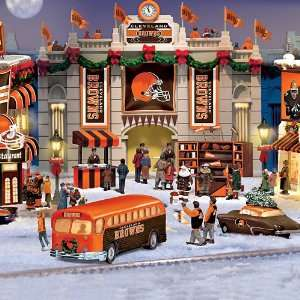 Browns Collectible Christmas Village Collection Home & Kitchen