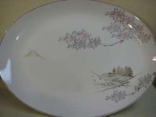 LARGE OLD VINTAGE KUTANI CHINA HAND PAINTED OVAL PLATE