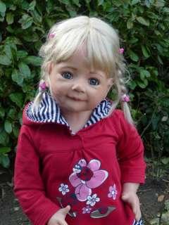 Masterpiece Jenna Monika Levenig 32 Blonde, Vinyl & Cloth, Doll Stand