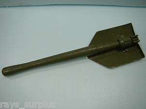 US WWII Folding Shovel / Entrenching Tool, Used