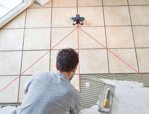 Livella laser per piastrelle Bosch GTL3 Professional   FATTURABILE