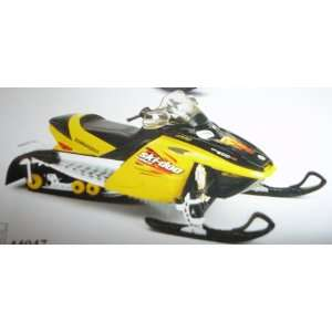 Bombardier Ski Doo MXZ Rev 2003 112 Scale Diecast Snowmobile Model