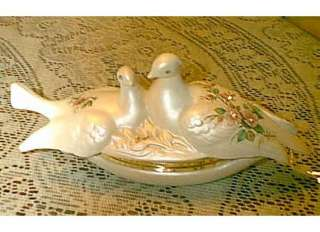 VICTORIAN BERGER ITALY ROSES TWIN DOVES TRINKET BOX