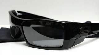 Authentic Black Oakley Gascan Polarized Sunglasses .
