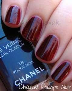 CHANEL LE VERNIS NAIL COLOUR / POLISH 18 Rouge Noir HOT